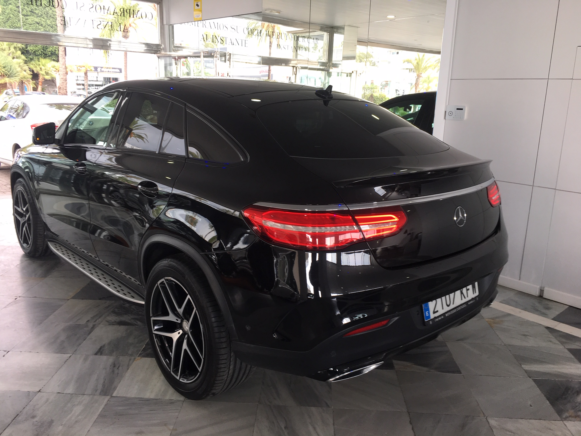 MERCEDES-BENZ GLE 350 COUPE AMG 17