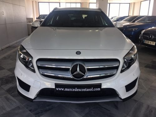 MERCEDES-BENZ GLA 250 AMG 4 MATIC